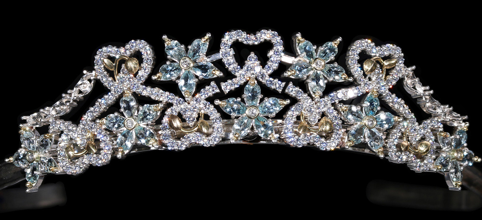 The Amage Aquamarine with Diamond Tiara in hallmarked 18ct Gold and Silver
